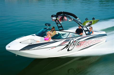 Wake Boat Maintenance by Moomba Puts More Pop In Lake Life With New Mojo Wake Boat