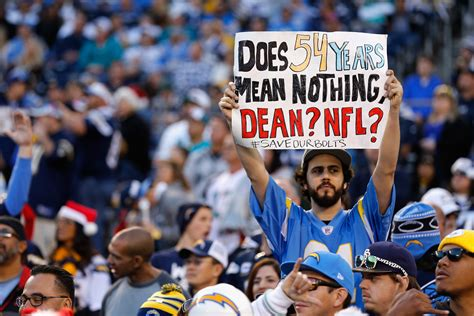 Chargers' Move To L.a. Off To A Rough