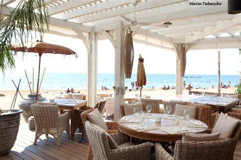 la londe l hemingway restaurant de plage 224 l argenti 232 re