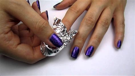 Easily Remove Glitter Nail Polish!