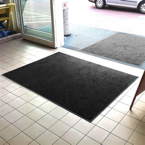 front door mats black
