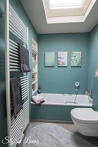 Badezimmer Farbe Wasserfest : kleines bad in farbe mit wandleuchte lena von click werbung stylish living ~ Markanthonyermac.com Haus und Dekorationen