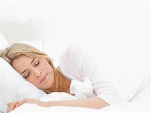 In Welche Himmelsrichtung Schlafen : gut schlafen fit aufwachen f r sie ~ Markanthonyermac.com Haus und Dekorationen