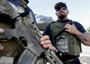 Armed citizens guard recruiters after Tennessee shootings ...