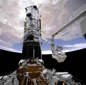Company Seven | In NASA STS-61 First Hubble Space ...
