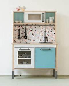 Ikea Möbel Für Hauswirtschaftsraum : klebefolie trianglig f r ikea duktig kinderk che ~ Markanthonyermac.com Haus und Dekorationen