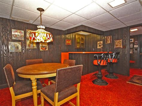 Home Interior 1970s : Groovy 1970s Home For Sale Includes Original Funky