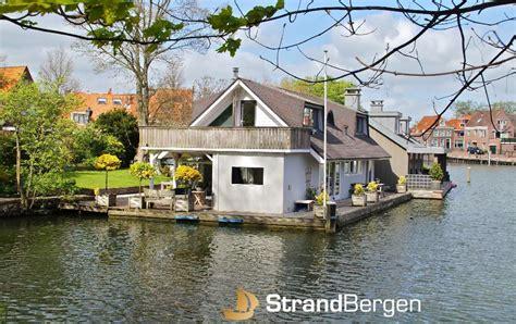 Woonboot Alkmaar Te Koop by Woonark Hoorn Paradijs Op Water Vakantie In Oude Haven Van