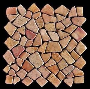 Steine Für Die Wand : w nde mit marmor bruchstein mosaik versch nern dreibeinblog ~ Markanthonyermac.com Haus und Dekorationen