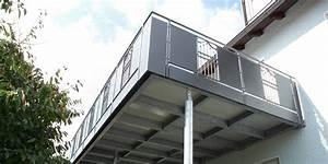 Balkon Nachträglich Anbauen Kosten : balkonbau auburger stahl anbaubalkone balkonanbauten mit balkongel nder holz ~ Markanthonyermac.com Haus und Dekorationen