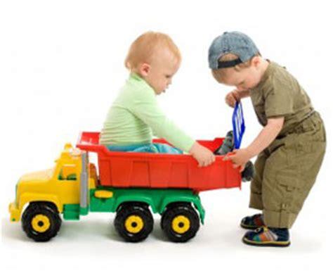 Buitenspeelgoed Peuter 1 Jaar by Speelgoed Voor De Dreumes En Peuter Spel Speel Spelen