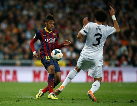 Real Madrid Versus Barcelona Zimbio