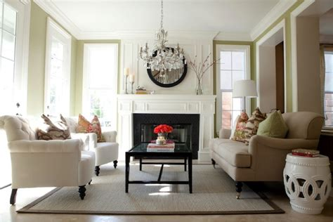 20 Living Room Designs With Beautiful Chandeliers How Much Is Laminate Flooring Costco Canada White Oak Shiny Floors What The Best Cleaner For Kitchen And Bathroom Door Jamb Joining