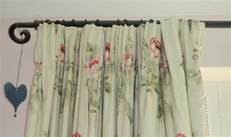 Simple Lined Tape Headed Curtain Tutorial