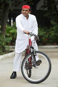 Rise of Akhilesh Yadav - | Photo7 | India Today