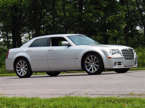 2006 Chrysler 300c Wallpaper