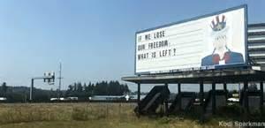 Chehalis, WA - Right-Wing Uncle Sam Billboard