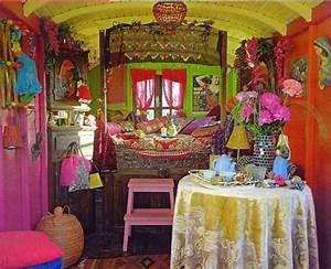 Orientalisches Schlafzimmer Dekoration : orientalisches schlafzimmer gestalten ~ Markanthonyermac.com Haus und Dekorationen