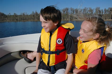 Boat Life Jacket by Wear It Life Jackets Save Lives 171 Coast Guard Compass