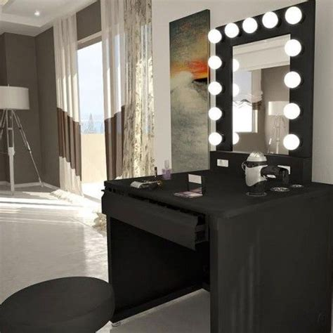 jezz dallas make up your mind help me to find a vanity interior decorators needed