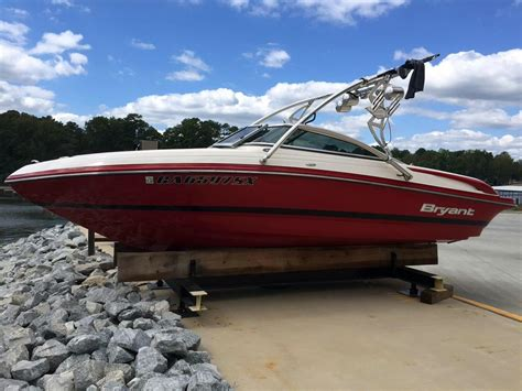 Bryant Boats For Sale In Georgia by 2009 Used Bryant 210 Runabout Boat For Sale 26 500