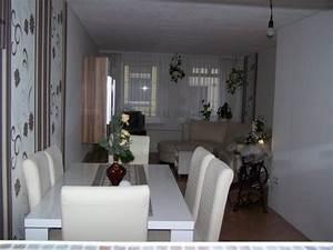 Kleines Wohnzimmer Gestalten : wohnzimmer mit essecke einrichten ~ Markanthonyermac.com Haus und Dekorationen