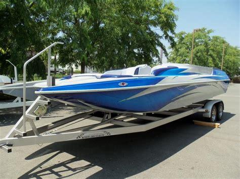 Deck Boat Job by 2014 Carrera Boats 257 Effect X Open Bow Deck Boat
