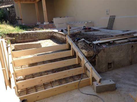 coffrage escalier beton exterieur evtod