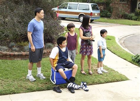 Fresh Off The Boat Episodes Abc by Fresh Off The Boat Gets Full Season 2 Order By Abc