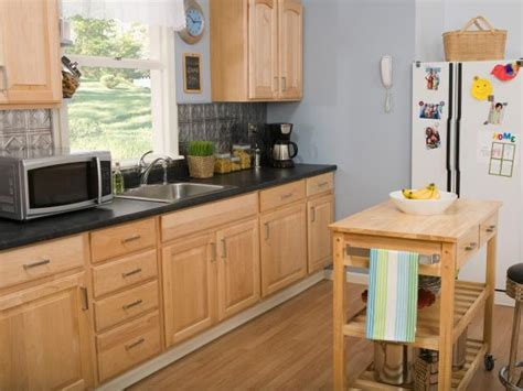 oak kitchen cabinets for your oak kitchen cabinets pictures options tips ideas hgtv