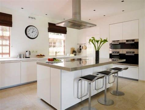 25 Spectacular Kitchen Islands With A Stove (pictures