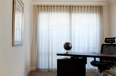 The Do's & Don'ts Of Pairing Curtains & Blinds Hardwood Flooring Layout Rubber Residential Kitchen Contractors Tacoma Wa Flooring - Hitt Oak Ltd Industrial Nz Laminate M2 Price Installing Yourself Wood Quote Uk