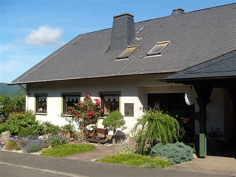 Ferienwohnung Haus Am Wald, Mosel  Frau Elisabeth Rautenberg