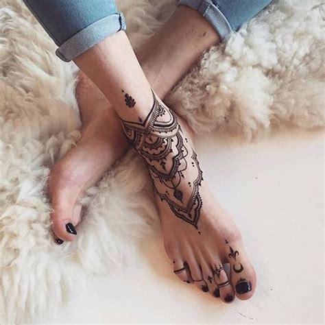 25 best ideas about tatouages mandala on mandala tatouage design lotus mandala et