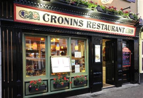 front of building picture of cronins restaurant