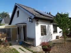 Heinze Immobilien  Kleines Einfamilienhaus In Rudow Zu