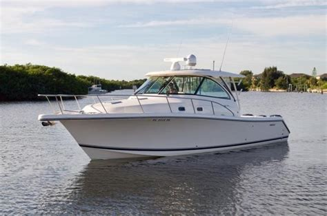 Pursuit Bay Boats by Pursuit 385 Offshore Boats For Sale Boats
