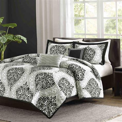Bedroom Alternative Down Comforter  Target Quilt