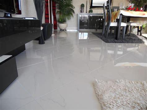 carrelage grand format blanc mat