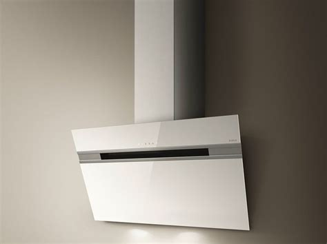 17 best ideas about hotte elica on hotte suspendue magasin electromenager and hotte