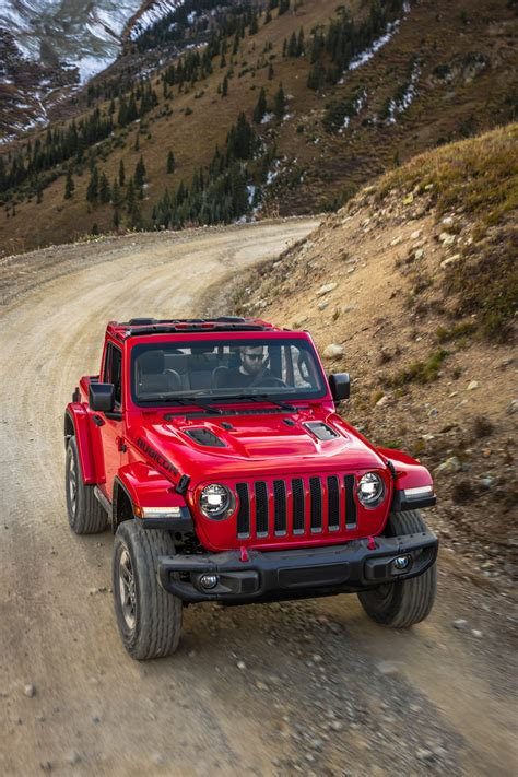 2018 Jeep Wrangler First Drive Review  Pictures, Specs