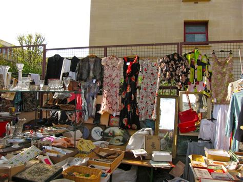 best flea market the marche aux puces de la porte de vanves sweet leisure