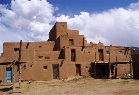 pueblo they are common to the southwest desert the earth image gallery pueblo houses