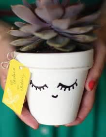 5 astuces pour customiser un pot en terre dis vague