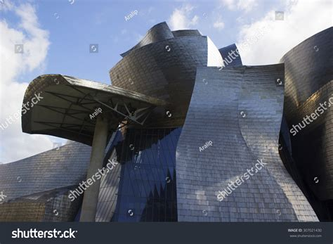 bilbao spain august 9 2015 modern museum guggenheim in bilbao spain designed by frank
