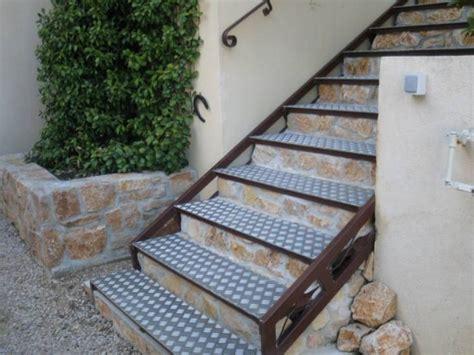 escalier en fer avec marches en alu 224 maximin ferronnier var 83 ferronnerie d la