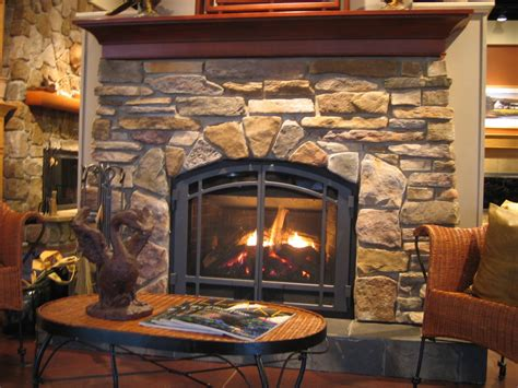 Fire Place : Hot Tubs, Fireplaces, Patio