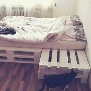 Palettenbett Selber Bauen : so einfach kannst du dir ein cooles palettenbett selber bauen flixbi ~ Markanthonyermac.com Haus und Dekorationen