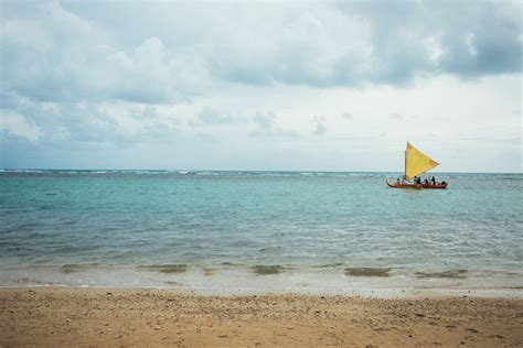 Canoes Beach Oahu by Oah U Insider S Travel Guide