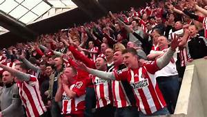Sunderland Fans at Newcastle 3-0 - YouTube